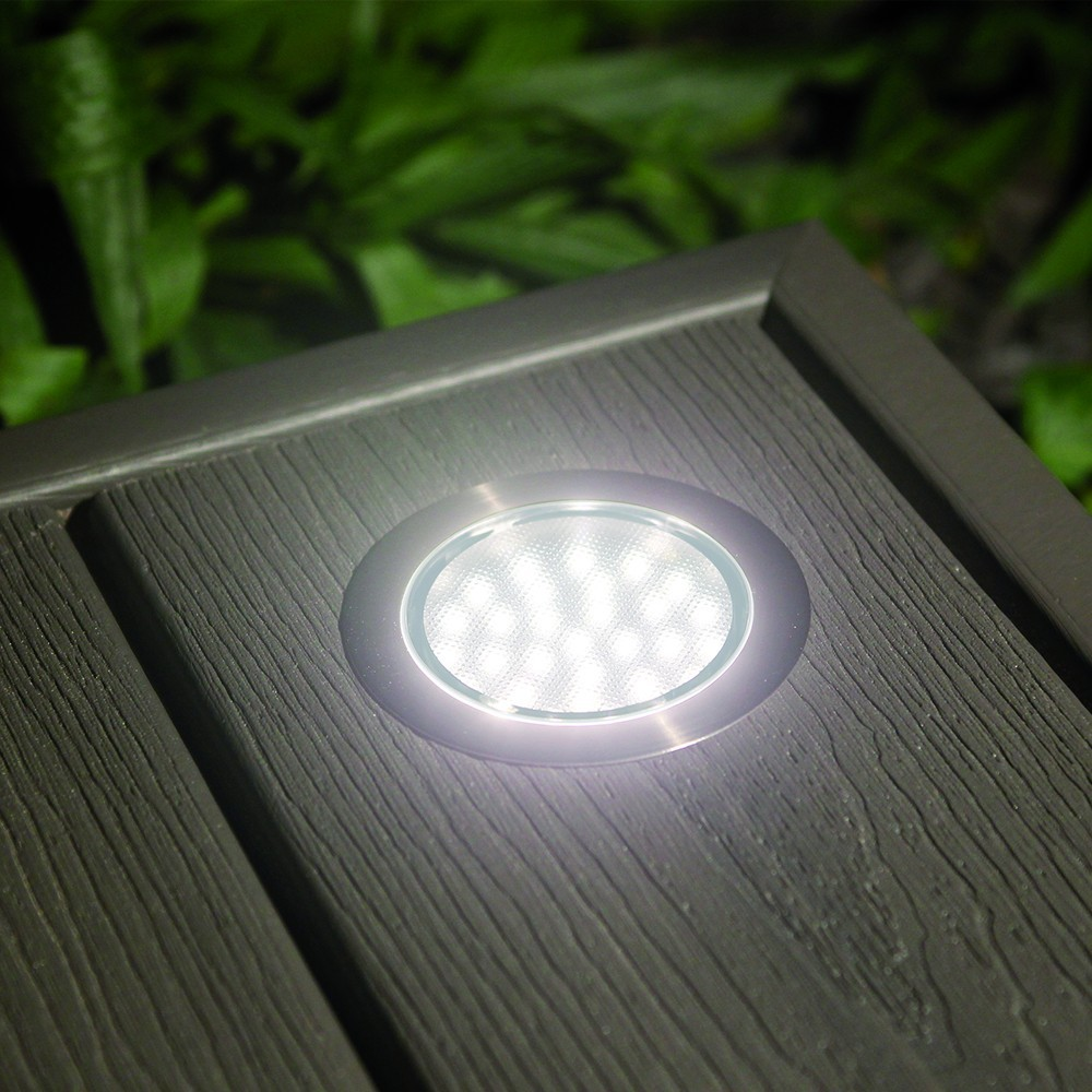 Ordinary spot led encastrable terrasse leroy merlin with for Spot encastrable exterieur solaire