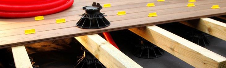 guide de pose d 39 une terrasse bois poser une terrasse facilement deck linea. Black Bedroom Furniture Sets. Home Design Ideas